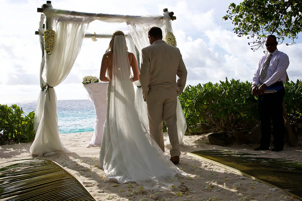 wedding in seychelles best photographer laurent levy praslin mahe la digue