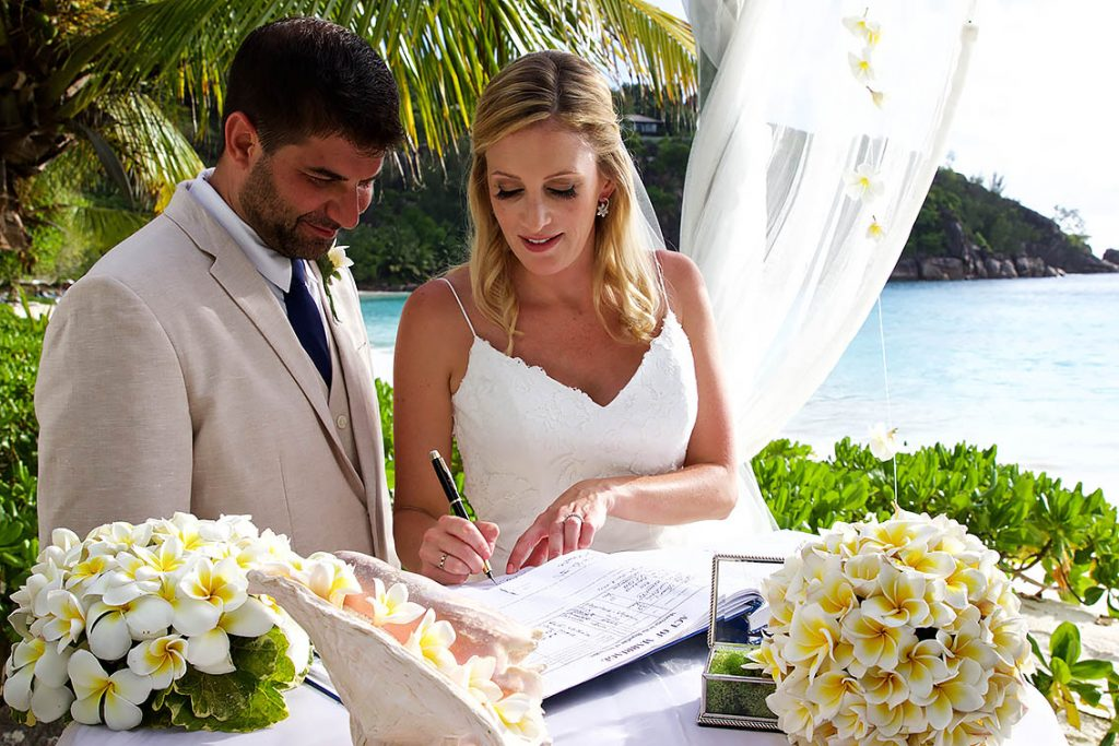 wedding photography seychelles pro photographer laurent levy praslin mahe la digue